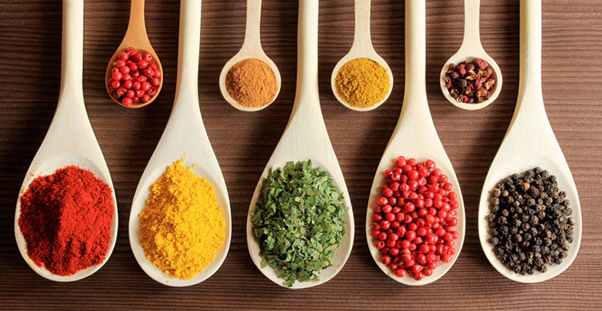 4 Must Have Herbs And Spices For Your Kitchen Shelves!